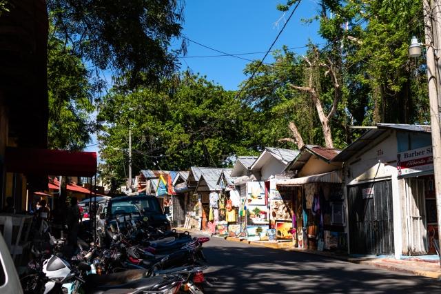 Little vendor street by the beach